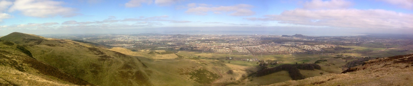 Edinburgh from the Pentlands.jpg