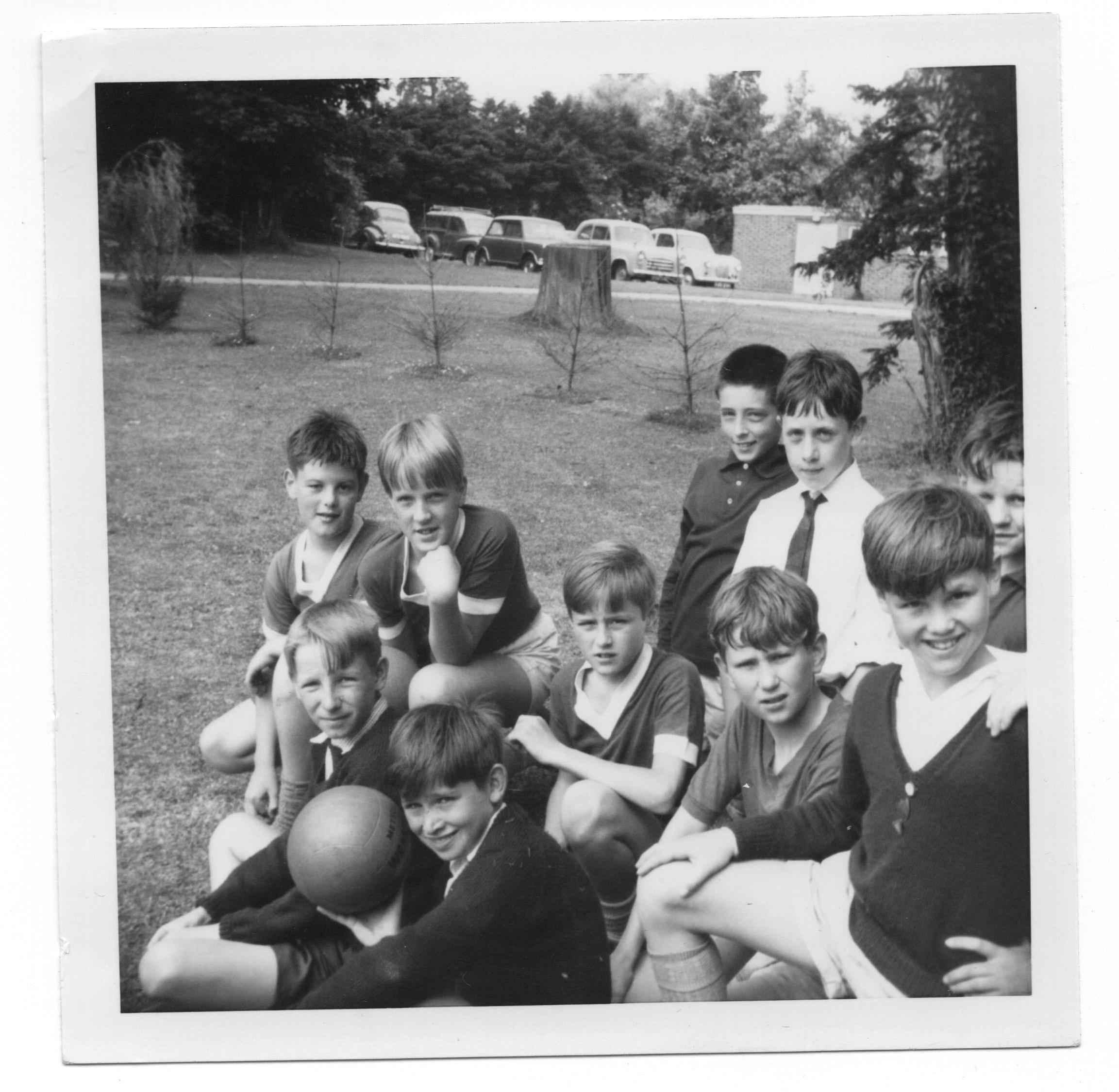 Eastwick football team 1965 - Football Team 1965 - b. -Christopher Glaum, Robert Muirhead, ? m. - Ian white, Martin Claytor, Gregory Able, Paul Hiscutt, Kevan Bundell f. - Ian Cook , Alan Baker.