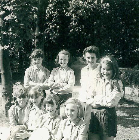 Netball team - 1965-66 - f. Suzanne Weston, Hazel Smoulders, Jackie Russell-Bates, Linda Davies; b. Elisabeth Daulgense, Joanna Woods, Mrs Cole, Leslie Rice